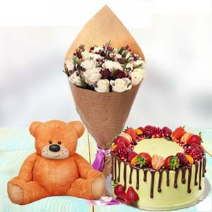 Roses Cake And Teddy: Valentine's Day Parewa Kheda,  Bhopal