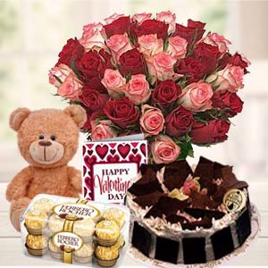 Beautiful Gifts Hamper: Valentine's Day Gifts For Girlfriend Bagmugalia,  Bhopal