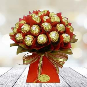Bunch Of Chocolates: Gift Kopal,  Bhopal