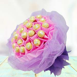 Ferrero Rocher Bouquet(24 Pieces): Gift Nishatpur,  Bhopal