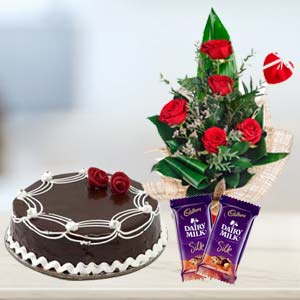 Cadbury Temptations Combo With Flowers: Mothers day Bda Colony,  Bhopal