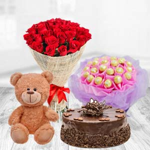 Valentine Superb Combo: Rose Day Palasi,  Bhopal