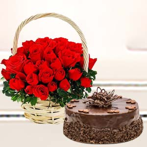 Basket Of Roses With Cake: Gift Maksi,  Bhopal