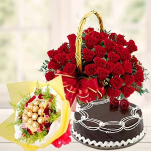 Roses Combo With Chocolates Bunch: Valentine's Day Chocolates Jahangirabad,  Bhopal