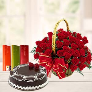 Roses Combo With Rich Chocolate Cake: Valentine's Day Barkheda Nathu,  Bhopal