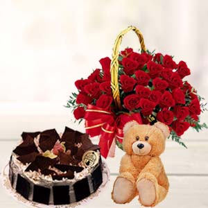 Roses Combo With Teddy: Valentine's Day Gifts For Girlfriend Neelbad,  Bhopal
