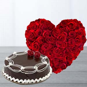 Heart Shaped Roses Arrangement: Valentine's Day Gifts For Him Bagmugalia,  Bhopal