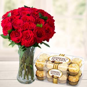 Chocolates Combo: Valentine's Day Gifts For Girlfriend Neelbad,  Bhopal
