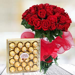 Valentine Chocolate Hamper: Rose Day Palasi,  Bhopal