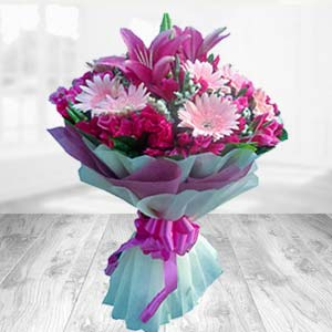 Bouquet Of Mix Flowers: Anniversary-gift-ideas  Bhopal