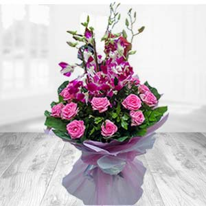 Bunch Of Pink Roses With Orchids: Gift Chichli,  Bhopal