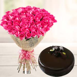 Fresh Pink Roses With Chocolate Cake: Mothers day Janki Nagar,  Bhopal