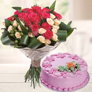 Roses Bunch With Strawberry Cake: Gift Dobra,  Bhopal