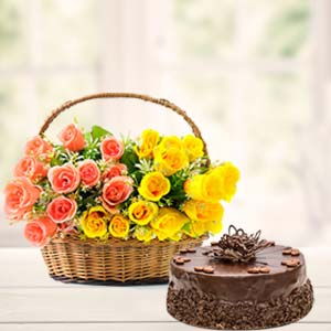 Fresh Mix Roses With Chocolate Cake: Gift Bhauri,  Bhopal