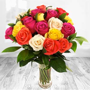 Roses In Glass Vase: Gifts Tt Nagar,  Bhopal