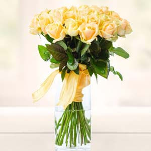 Yellow Roses In Glass Vase: Good-luck  Bhopal