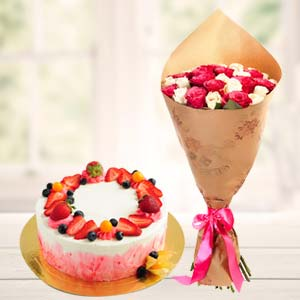 Strawberry Fruit Cake With Roses: Gift Tt Nagar,  Bhopal