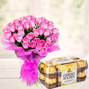 Pink Roses With Ferero Rocher: Gifts For Boyfriend Navi Bhag,  Bhopal