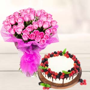 Roses With Cake Gifts Combo: Gift Chichli,  Bhopal