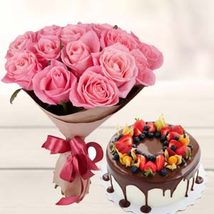 Pink Rose Bunch With Cake: Gifts For Wife Krishna Nagar,  Bhopal