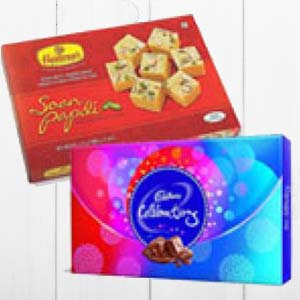 Haldiram With Chocolates: Gifts For Her Bagmugalia,  Bhopal