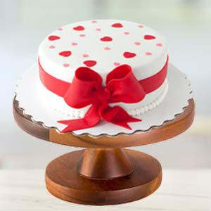 Special Cream Cake: Gifts For Wife  Bhopal